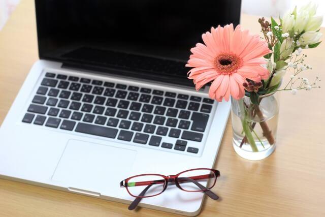 ブログで稼ぐために必要なもの・知識・スキルは何?副業初心者さん向け!